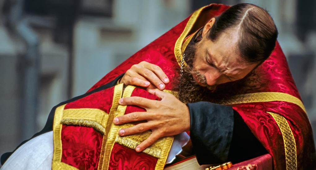 вопрос священнику что такое грех видео посвященная