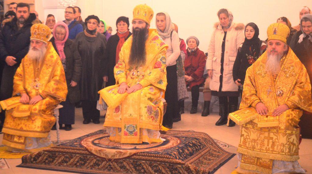 Торжества в честь престольного праздника в Андрее-Владимирском соборе г. Киева