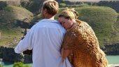 Женщина с удовольствием воспримет благоговейный трепет перед мужем