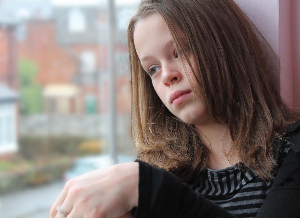 Моей дочери 11 лет. Вчера после школы я обнаружила в ее кармане шоколадку