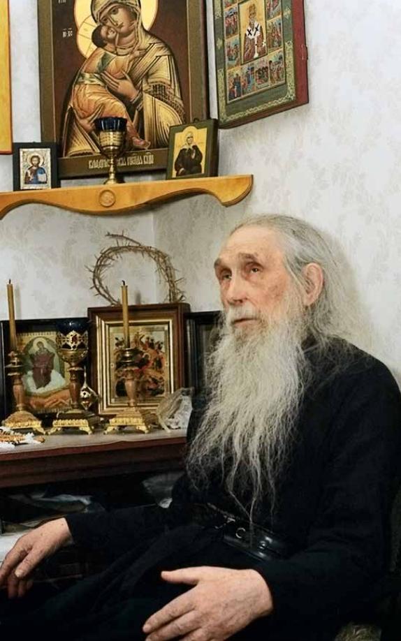 Светлой памяти архимандрита Кирилла (Павлова): воин, духовник и молитвенник
