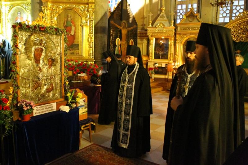 Икона Богоматери Межирицкая «Жизнеподательница»