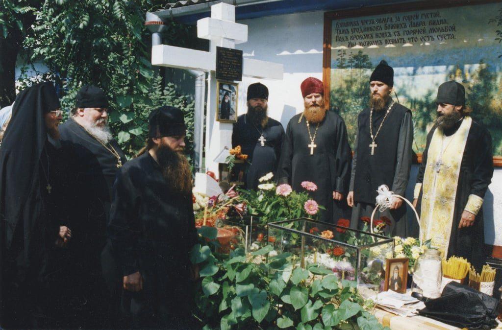 Блаженной памяти архимандрита Пимена, в схиме – Серафима (Соболева †22.08.2000) посвящается
