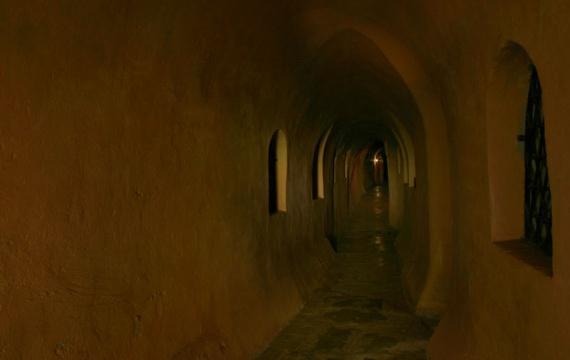 Древний монастырь св. Михаила на Зверинецкой горе в Киеве. Пещерная улица