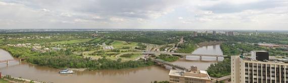 Вид на реку Норт Сасачкеван со стороны храма святой великомученицы Варвары